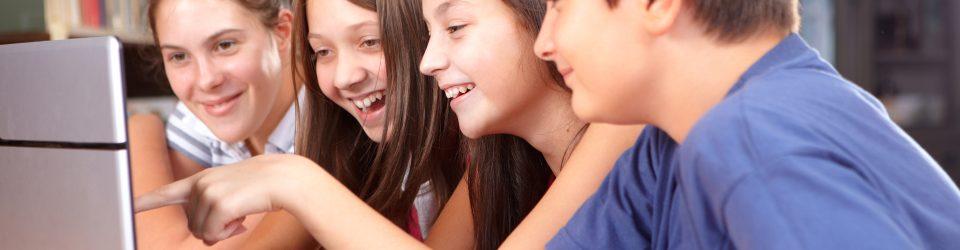 In diesen zusätzlichen Stunden wollen wir den Schülerinnen und Schülern mit vielen Spielen, Reimen und Songs Fremdsprachen und musikalische Tätigkeiten vermitteln.